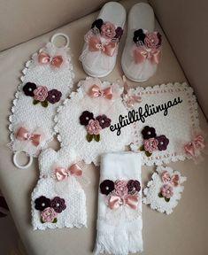 Easy Knitting Patterns, Diwali, Baby Knitting, Cross Stitch, Handmade, Crafts, Instagram, Design, Tricot