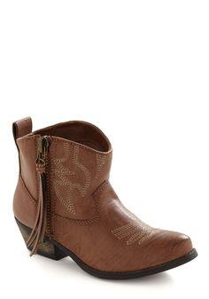 Howdy Bootie | Mod Retro Vintage Boots | ModCloth.com - StyleSays