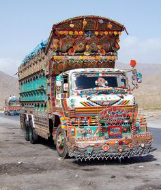 CAMION - QUETTA- PAKISTAN by odradek78 on Flickr.