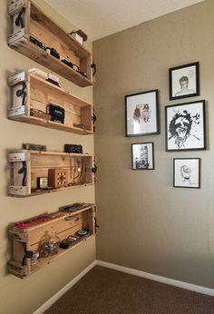 shelves toilet car tuning repurposed wooden crate ideas crate shelves and garden crates Repurposed Wooden Crates, Wooden Pallet Furniture, Recycled Pallets, Wooden Pallets, Diy Furniture, Pallet Wood, Furniture Projects, Le Logis, Pallet Boxes