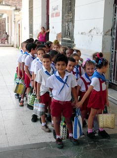 School children in #Cuba.