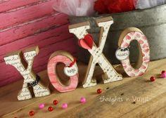 XOXO wood letters