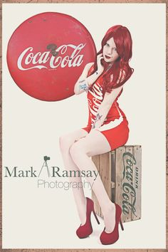 coca_cola_pin_up_girl_by_dynamitedollie669-d71t9j4.png 576×864 pixels