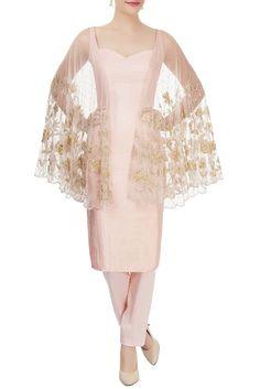 Shop Diya Rajvvir Blush pink winged kurta & trousers , Exclusive Indian Designer Latest Collections Available at Aza Fashions Designer Wear, Designer Dresses, Bridal Lehenga, Designer Collection, Indian Wear, Blush Pink, Kimono Top, Trousers, Kurtis