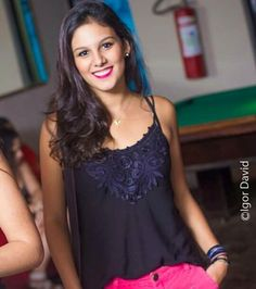 Meu nome é Maria Luiza Gomes de Castro, me formei no Colégio Santo Agostinho- Unidade Contagem em 2014, eu estudava la desde 2004. Hoje em dia moro em Contagem e estou no segundo período de Engenharia de Produção Civil no CEFET.