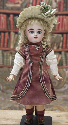 """21"""" (54 cm.) French Bisque Bebe with Splendid Eyes by Gaultier Freres Antique dolls at Respectfulbear.com"""