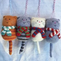 Large fat cat in a scarf decoration cat decoration fat inhand large scarf Knitting Patterns Animals Cute Hand Knitted Fat Cat Decoration, A Cozy Hand Knitted Striped Scarf Wearing . Cat Ornament Door Signal Hand Cat lover reward in Grote dikke kat in een Knitted Cat, Knitted Animals, Knitted Dolls, Crochet Toys, Knit Crochet, Knit Cowl, Crochet Granny, Hand Crochet, Baby Knitting Patterns