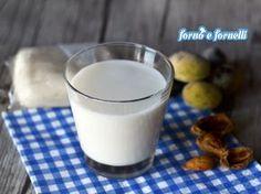 Preparare il latte di mandorla con panetto in casa ed ottenere un risultato perfetto da oggi non sarà più un problema! Articolo con trucchi e consigli!