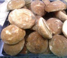 Cuajada Ahumada Nicaraguan Food, Mexican Entrees, Relleno, Ethnic, Recipies, Childhood, Bread, American, Smoker Cooking