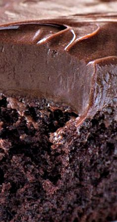 Chocolate Cake with Mocha Frosting from Barefoot Contessa. Preheat the oven to 350 degrees. Barefoot Contessa Chocolate Cake, Ina Garten Chocolate Cake, Decadent Chocolate Cake, Decadent Cakes, Homemade Chocolate, Chocolate Desserts, Mocha Frosting, Chocolate Frosting, Cake Recipes