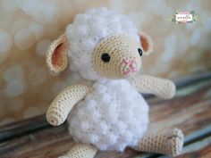 Crochet Dolls Amigurumi Crochet Lamb Toy Kit - Lion Brand Yarn - Amigurumi Crochet Lamb Toy Kit includes: One black and white pattern copy Crochet Simple, Cute Crochet, Crochet Crafts, Crochet Baby, Crochet Projects, Crochet Ideas, Crochet Poppy, Diy Projects, Diy Crafts