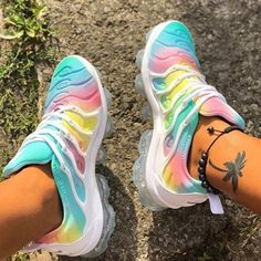 Rainbow Sneakers, Summer Sneakers, Air Max Sneakers, Sneakers Nike, Moda Sneakers, Nike Shoes For Sale, Adidas Shoes Women, Sneakers Women, Basket A Talon