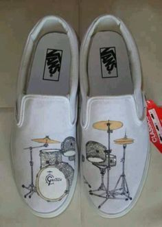 Custom Vans with hand painted Gretch Catalina Club Drums Custom Design Shoes, Custom Vans, Custom Shoes, Drummer Gifts, Drummer Boy, Drummer Tattoo, Drums Girl, Drumline Shirts, Gretsch Drums