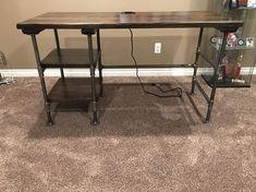 Industrial Pipe Desk, Door Desk, Pipe Decor, Diy Pipe, Pipe Table, Bring Them Home, Metal Desks, Craft Desk, Mesas
