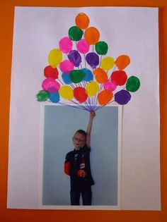 #ballonnen  , leuk om te knutselen met kleine kinderen Happy Birthday Kind, Dad Birthday, Birthday Presents, Recycled Crafts, Diy And Crafts, Arts And Crafts, Mother's Day Projects, Projects For Kids, Mothers Day Crafts For Kids