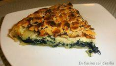 Torta salata alle erbette, gorgonzola e mandorle