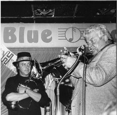 Chuck Mangione and Maynard Ferguson at the Blue note NYC. Chuck Mangione, Maynard Ferguson, Trumpet Players, Jazz Musicians, Nyc, Hero, Tours, Black And White, People
