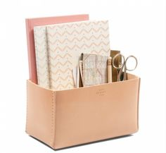 Office organiser from @noorverk in my Christmas gift guide – Nordic and unique