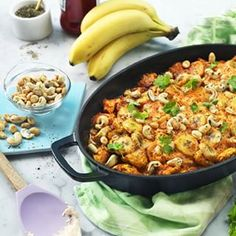 Baked chicken with bananas and peanuts | 52 Delicious Swedish Meals You Need To Try Before You Die