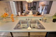 Our kitchens have great open concepts to them. #SanAntonioApartments #FifthAvenueApts