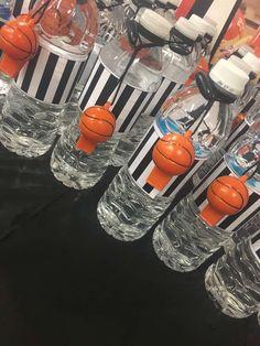 Basket Ball Birthday Party Diy Sport Theme Ideas For 2019 Basketball Party Favors, Basketball Baby Shower, Basketball Birthday Parties, 10th Birthday Parties, 1st Boy Birthday, Birthday Party Decorations, Birthday Basket, Birthday Ideas, Basketball Decorations