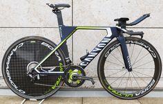 Movistar's Canyon Speedmax CF SLX http://www.bicycling.com/bikes-gear/tour-de-france/the-time-trial-bikes-of-the-2017-tour-de-france/slide/15