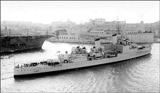 HMS Liverpool (C11) Town-class light cruiser of the British Royal Navy. (google.image) 05.18 Hms Hood, Navy Ships, Historical Pictures, Royal Navy, Southampton, Battleship, Glasgow, Liverpool, Wwii