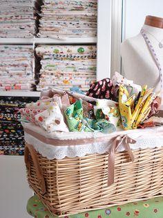 Black Crochet Dress, Work Spaces, Laundry Basket, Wicker, Studios, Quilt, Fabric, Diy, Decor