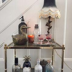 A Modern Victorian Home Tour - Estelle Derouet - The Interior Editor Modern Victorian Homes, Victorian Bedroom, Victorian Era, Georgian Homes, Victorian House, Vintage School, Candle Stand, Mandala Design, Bedroom Wall