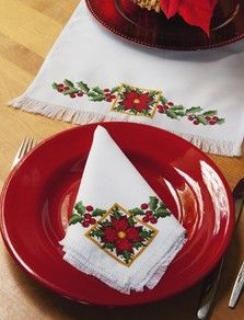 Poinsettia Table Runner & Napkin