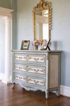 K--9--FRENCH COUNTRY COTTAGE: Inspirations~ Gold. I love the medallions in the center of each drawer.