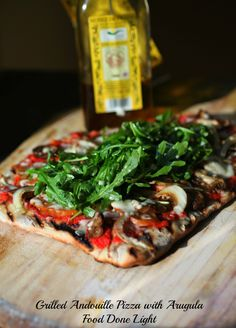 Healthy, low calorie and fat - Grilled Andouille Pizza with Arugula Pizza www.fooddonelight.com