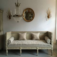RICHLY CARVED GUSTAVIAN SOFA IN ORIGINAL COLOUR