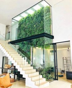 [New] The 10 Best Home Decor (with Pictures) - ( Amazing vertical garden What do you think ? Designed by: Marcelo Navarro Arquitetura . 𝙁𝙤𝙧 𝙢𝙤𝙧𝙚 𝙛𝙤𝙡𝙡𝙤𝙬 . Design Exterior, Interior And Exterior, Dream Home Design, Modern House Design, Green Architecture, Architecture Design, Angular Architecture, California Architecture, Atrium Design