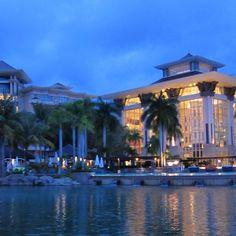 Brunei the empire hotel! I think I wanna stay here