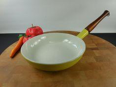 """Descoware Belgium yellow 8"""" fry pan skillet... cast iron enamel wood handle... mid century"""