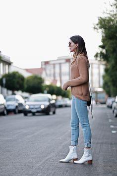 Bota branca: como usar o calçado queridinho do momento
