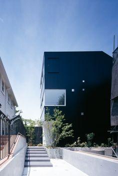 Leibal: Ray House by Apollo Architects & Associates