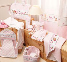A partir de hoy encontraréis los productos listos para bordar de la línea Baby Collection rebajados un 50% en nuestra tienda online .   ...