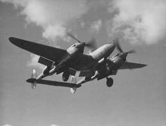 The distinctive twin boom profile of the Lightning is much in evidence in this image of a 479th FG P-38. © USAF