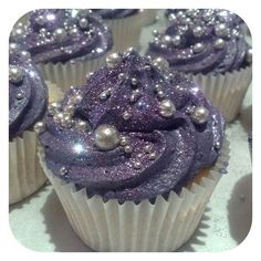 Bridal Shower - Purple Glitter Cupcakes w/ Edible Pearls. These are the prettiest cupcakes ever! Glitter Cupcakes, Pretty Cupcakes, Cupcake Cakes, Galaxy Cupcakes, Beautiful Cupcakes, Fancy Cupcakes, Princess Cupcakes, Silver Cupcakes, Candy