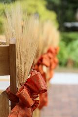wheat grass pew markers fall wedding