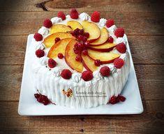 Am pregatit acest tort cu fructe si crema de vanilie impreuna cu fiul meu. Si-a dorit mult sa intre si Biscotti, Cake, Desserts, Easter Ideas, Food, Youtube, Deserts, Sweet, Tailgate Desserts