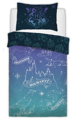 Feel like a true witch or wizard at bedtime with our Harry Potter Single Duvet Cover. The reversible bedding set is sure to bring some Harry Potter magic at bedtime. Perfect for Harry Potter fans of all ages.