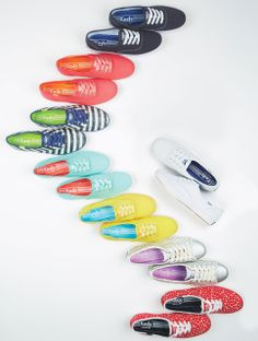 Keds were my favorite shoe as a child! I don't know why everyone loves toms, keds are way better! Keds Shoes, Shoes Sandals, Cute Shoes, Me Too Shoes, Find Girls, All About Shoes, Kinds Of Shoes, Teal Yellow, Navy Blue