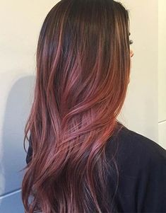 41 Hottest Balayage Hair Color Ideas for 2016 soft rose red Ombré Hair, New Hair, Cabelo Rose Gold, Rose Gold Bayalage, Bayalage Red, Rose Gold Balayage Brunettes, Blonde Lowlights, Red Balayage Hair, Balayage Hairstyle