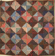 Vintage quilt posted by Moda Fabrics Old Quilts, Amish Quilts, Antique Quilts, Vintage Quilts, Log Cabin Patchwork, Log Cabin Quilts, Log Cabins, Cabin Dollhouse, Beach Quilt