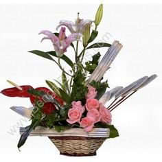 Pick the perfect Valentines Day Flowers. Get 100% customer satisfaction guaranteed from BengalBlooms.