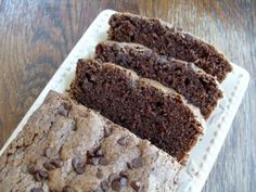 Our Double Chocolate Rum Amish Friendship Bread recipe makes great mini loaves for the holidays! Friendship Bread Recipe, Friendship Bread Starter, Amish Friendship Bread, Amish Bread Recipes, Dutch Recipes, Bread Kitchen, Chocolate Zucchini Bread, Chocolate Chips, Breakfast Casserole