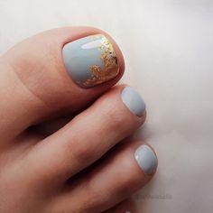 Pedicure Designs, Pedicure Nail Art, Toe Nail Designs, Nail Manicure, Pretty Pedicures, Pretty Toe Nails, Cute Toe Nails, Gel Toe Nails, Toe Nail Art